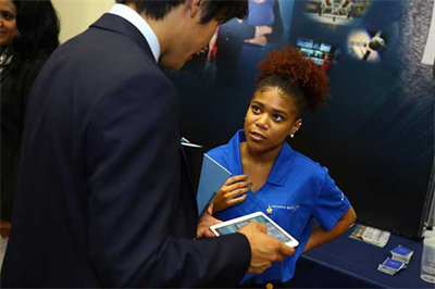 GGCS 2017 student attendees participated in a networking event with representatives from Summit sponsors, including Lockheed Martin, Boeing, Northrop Grumman, and Shell, featuring a resume station, Bingo game, aviation simulators, and virtual & augmented reality gadgets, and ice breaker activities.